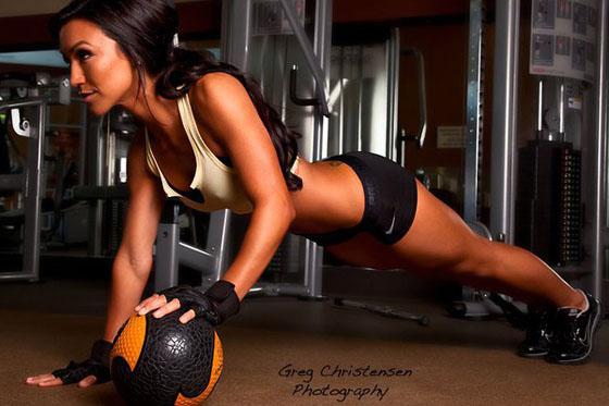 Modelo de Fitness Alex Zerega 22 Entrevista con la Modelo de Fitness Profesional: Alex Zerega